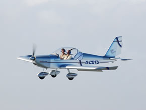 Have a Trial Flight in a fixed wing aerolplane
