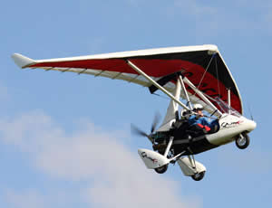 Learn to fly in a flex-wing aeroplane